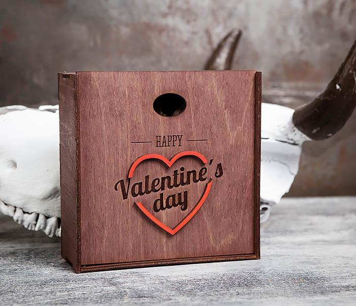 BOX206-3 Подарочная коробка «День святого Валентина» с сердцем (17*17*7 см) фото 03