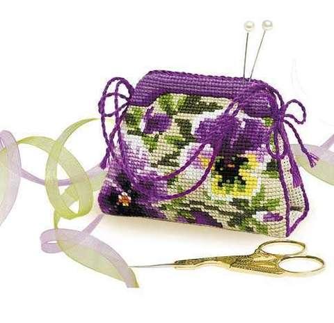Набор для вышивания крестом «Игольница-сумочка