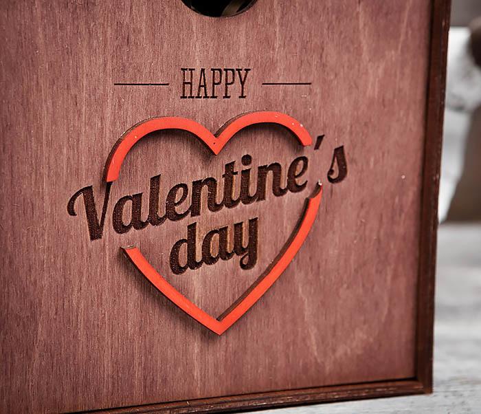 BOX206-3 Подарочная коробка «День святого Валентина» с сердцем (17*17*7 см) фото 04