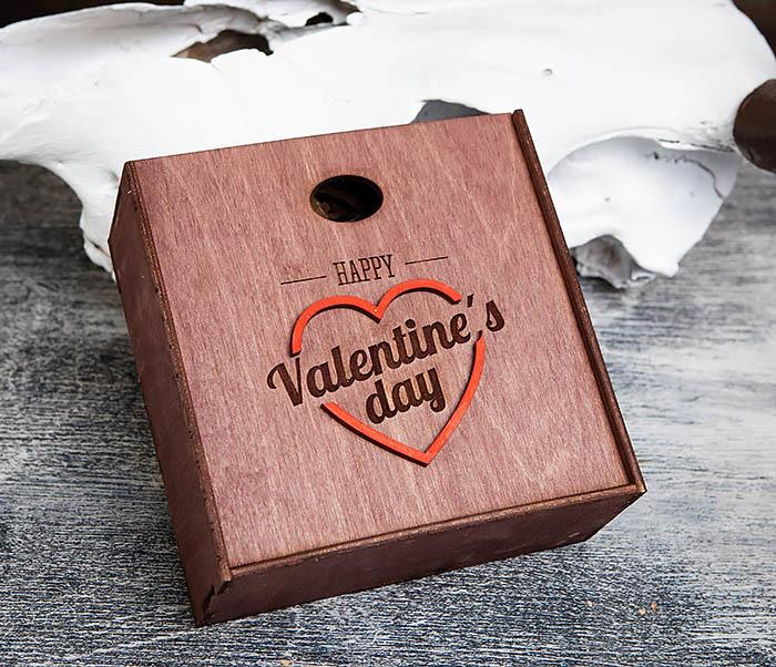 BOX206-3 Подарочная коробка «День святого Валентина» с сердцем (17*17*7 см) фото 05