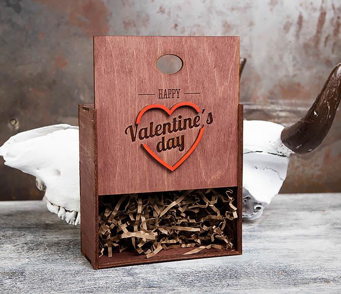 BOX206-3 Подарочная коробка «День святого Валентина» с сердцем (17*17*7 см) фото 06
