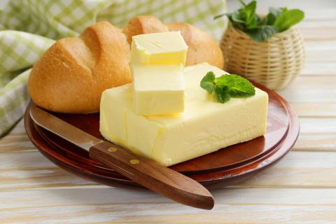 Масло оливковое в жестяной банке 1 л.