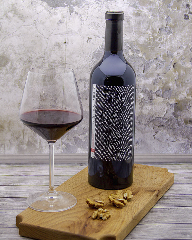 Phantom Dry Red 30/70 vintage 2014 14,5%  0,75 l.