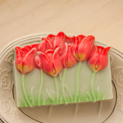 Пластиковая форма для мыла Тюльпаны