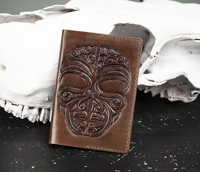 BC207 Обложка на паспорт ручной работы в этническом стиле Маори фото 02