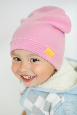 Детская шапка хлопковая в рубчик нежно-розовая