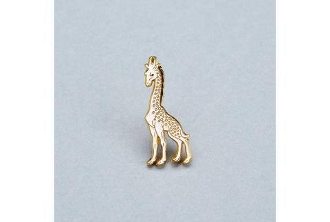 Значок эмалированный Камелеопард