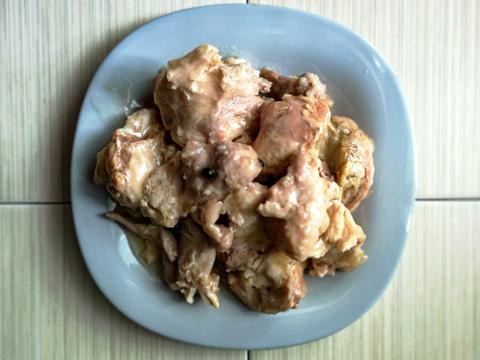 КОРОБКА (10шт) Мясо курицы тушеное в собственном соку в ж/банке