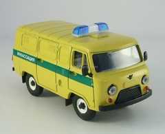 UAZ-3741 Collectors 1:43 Agat Mossar Tantal