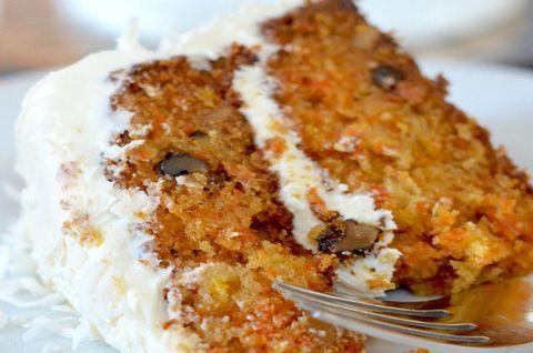 Двухслойный безглютеновый торт из моркови
