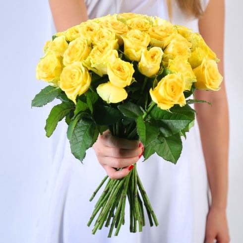 Букет 35 желтых роз Пенни Лейн