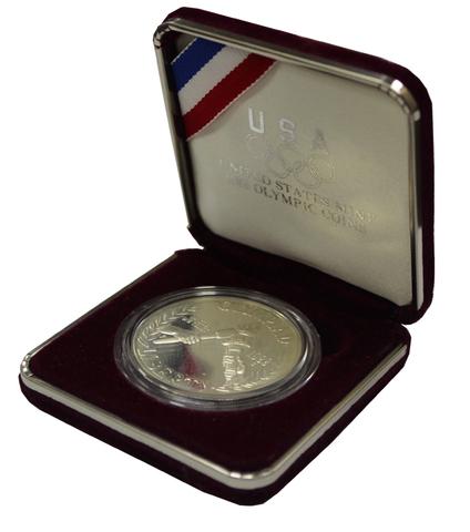 1 доллар. XXIV Летние Олимпийские игры в Сеуле. 1988 (S) PROOF Серебро в родной коробке