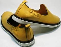 Кожаные летние туфли слипоны мужские King West 053-1022 Yellow-White.