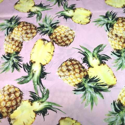 Ткань хлопок поплин с ананасами на розовом фоне 2054