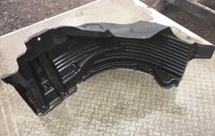 б/у оригинальный подкрыльник МАН ТГА ТГС передний левый  Оригинальные номера MAN - 81612300213; 81612300149  Производитель - MAN