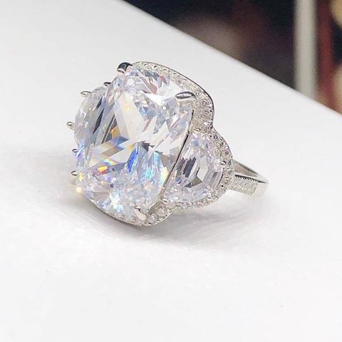 62320 - Кольцо из серебра с кристаллами SWAROVSKI