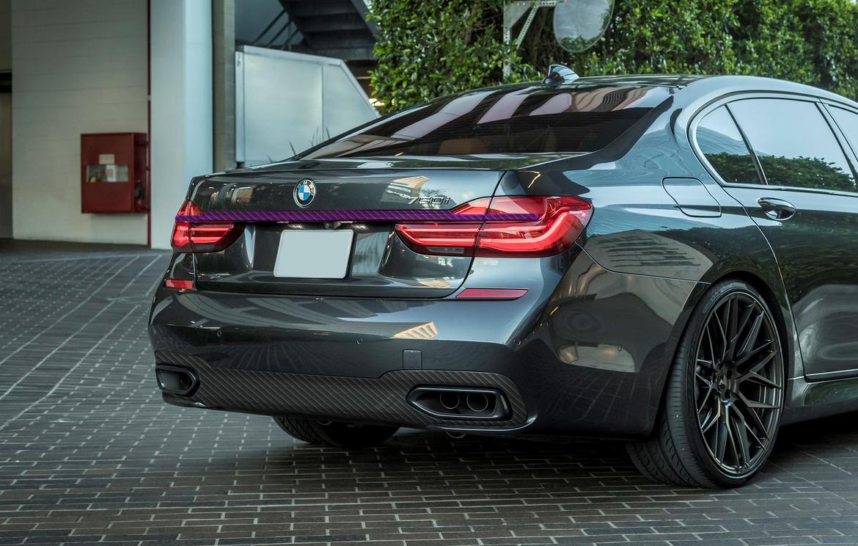 Карбоновый молдинг крышки багажника  для BMW 7 G11