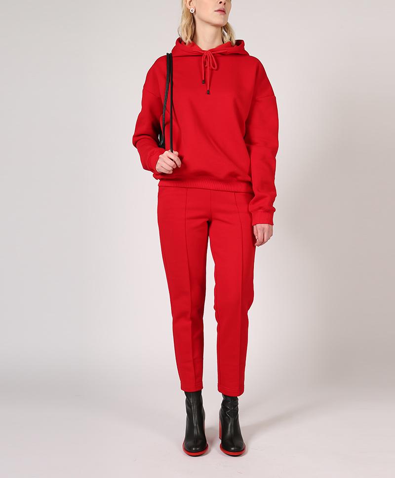 костюм-из-футера-красный-в-полный-рост