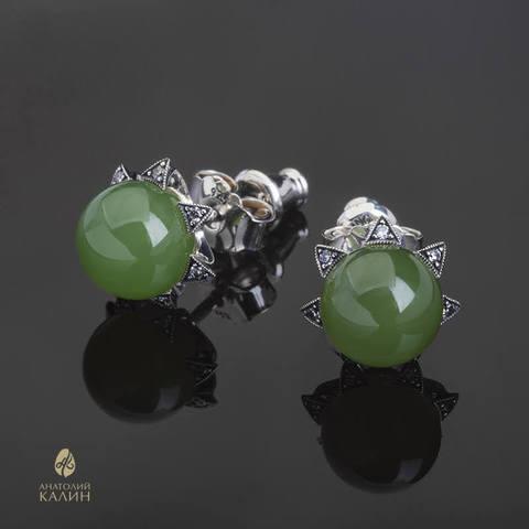 Пуссеты серебро с зеленым нефритом