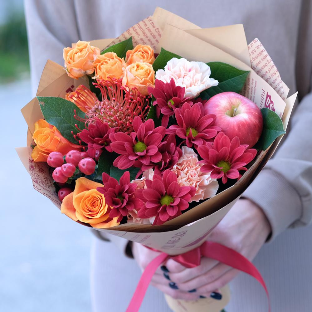 Купить недорогой букет с красными хризантемами роза Испания Пермь заказать онлайн с доставкой на дом