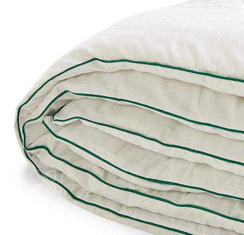 Одеяло бамбуковое Коллекции Бамбоо в сатине стандартное-теплое.