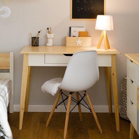 Небольшой письменный стол Кидс 2