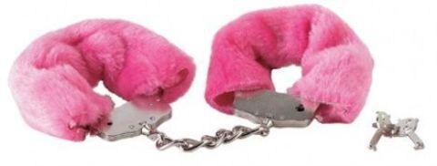 Розовые меховые наручники на сцепке с ключами
