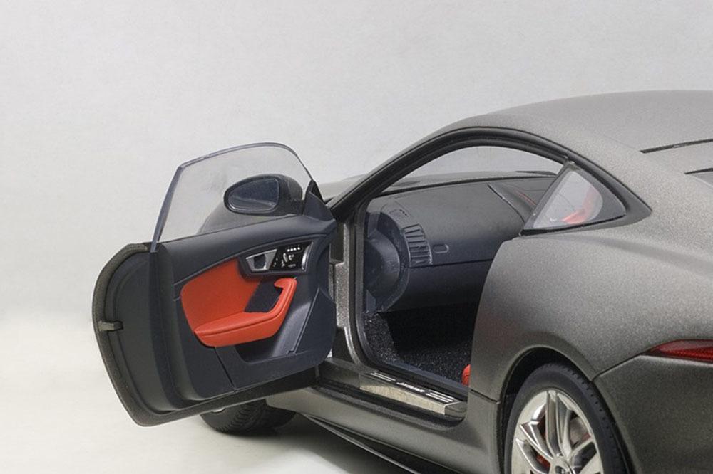 Коллекционная модель Jaguar F-Type R Coupe Grey 2015