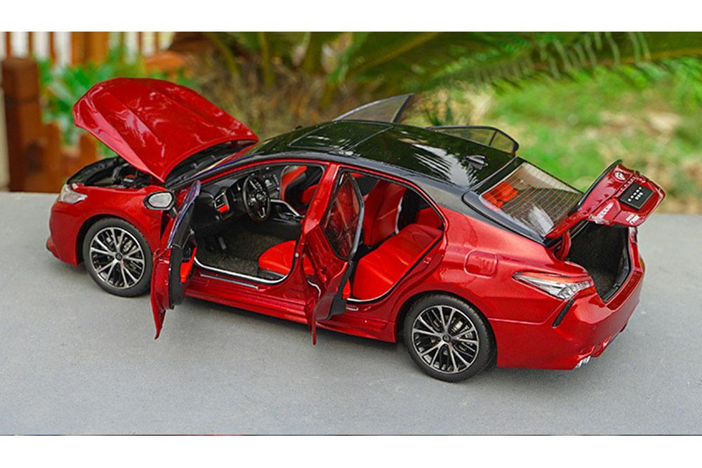 Коллекционная модель TOYOTA CAMRY SL V6 (V70) 2019 RED