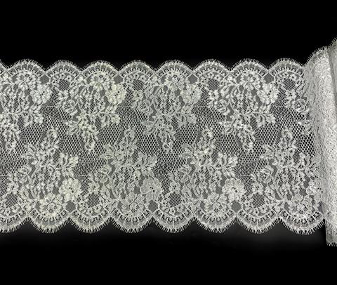 Кружево реснички белое/серебро (27*290 см)