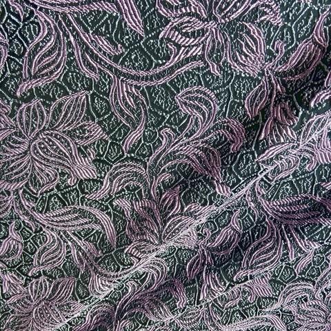 Ткань жаккард цветы сиреневые на черном фоне 3053
