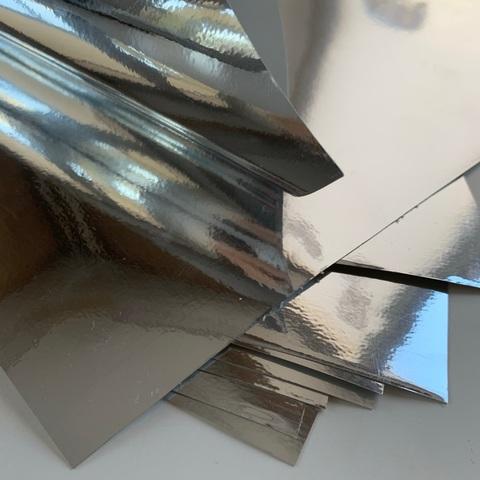Отрез винила, зеркальное серебро, размер 25х25см,