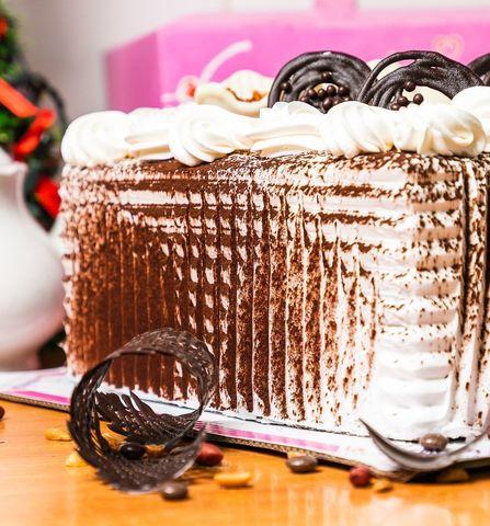 Торт №3 Сникерс