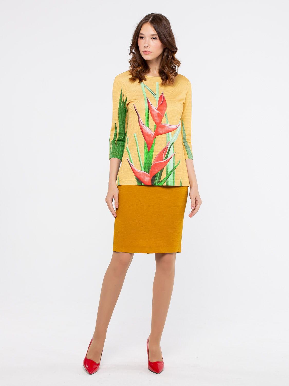 Юбка Б060а-125 - Прямая юбка на подкладе. Сзади разрез и застежка на молнию и пуговицу. Пояс притачной из контрастной ткани.  В сочетании с блузами из такой же ткани, смотрится как платье.