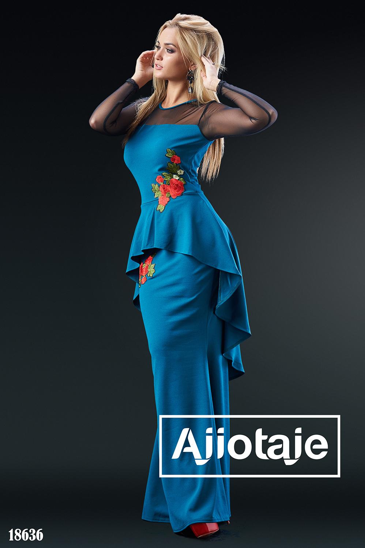 Платье цвета морской волны с асимметричной баской
