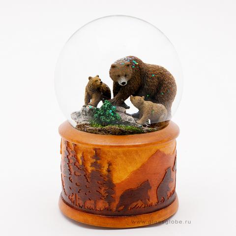 Снежный шар медведи