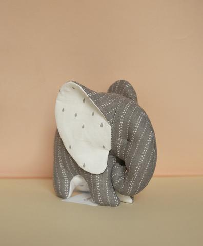 Слоник-мини серый в полоску , ушки с серыми капельками