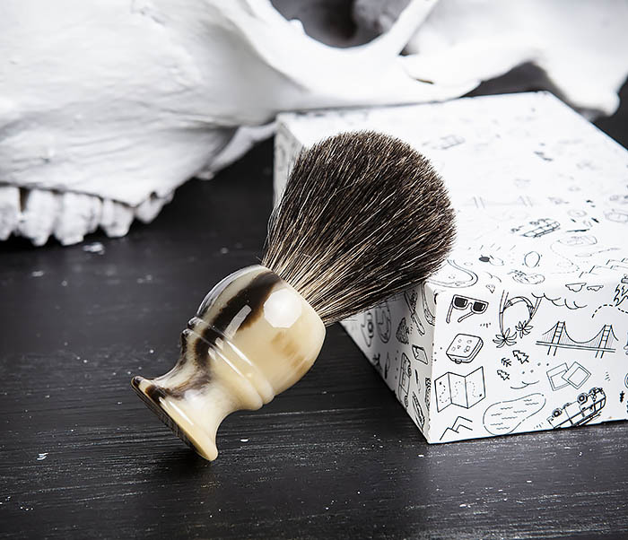 RAZ431-2 Помазок из барсучего волоса в подарочной коробке фото 06