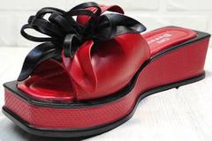 Модные шлепки мюли с открытым носком Derem 042-921-02 Red Black.