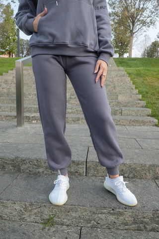 Серые теплые спортивные штаны nadya