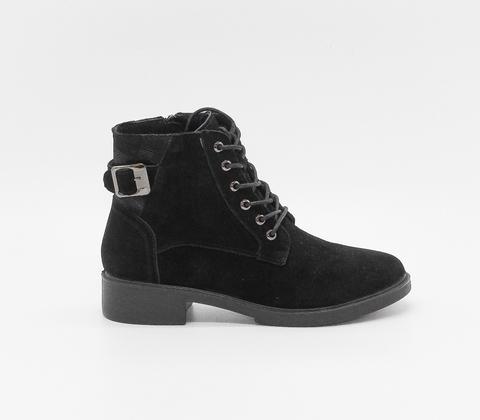 Черные ботинки из велюра с декоративным ремешком