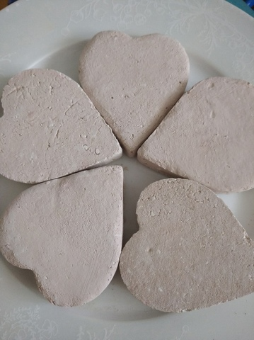Сердце с глиной Жетысай (розовая)