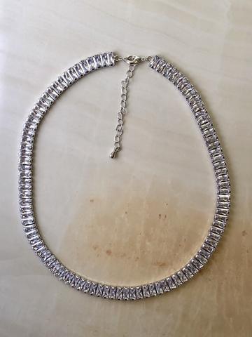 Колье Фаира с цирконами, серебряный цвет