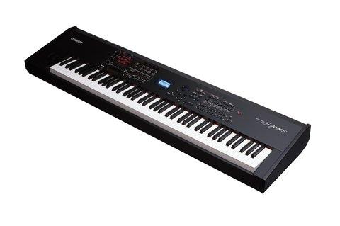 Синтезаторы и рабочие станции Yamaha S90 XS
