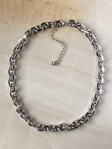 Колье Норма Джин, серебряный цвет