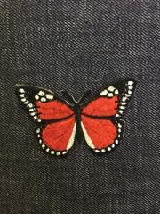 Нашивка в виде бабочки