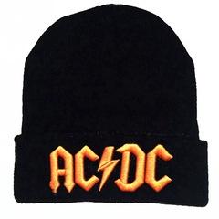 Вязаная шапка с отворотом и вышивкой AC DC (Эйси Диси) черная с желтой вышивкой