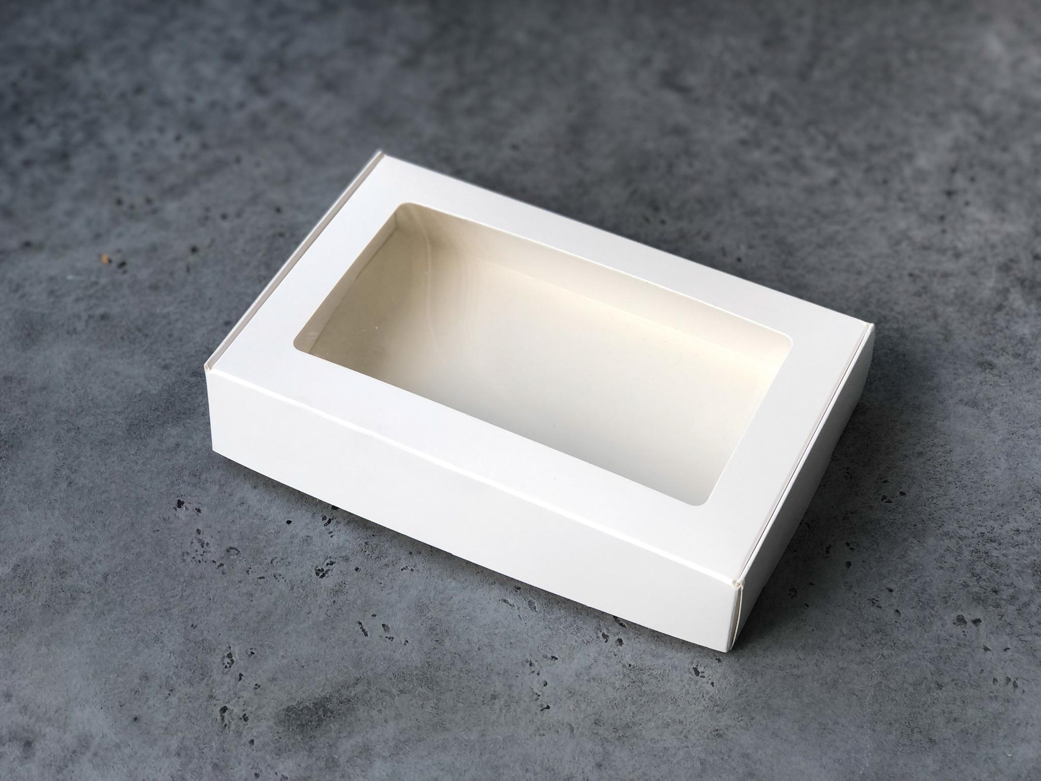 Коробка с прямоугольным окошком для макаронс и десертов, 20х12х5 см
