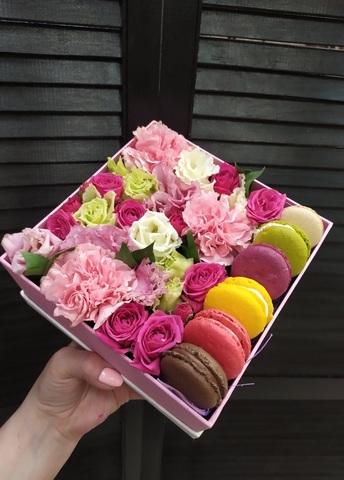 Цветы и macaron ( 6 шт.) #1879