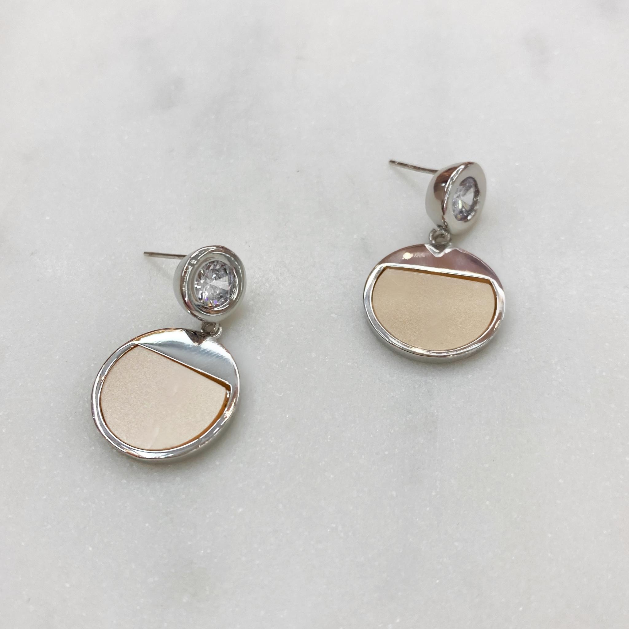 Серьги-подвески с круглой подвеской и кристаллом ш925 (серебристый)